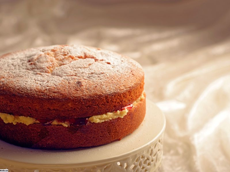 Christmas Spiced Victoria Sponge Cake Resepti