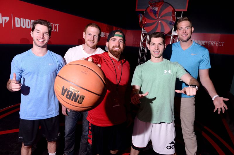 Dude Perfect Games ja Trick Shot Lelut